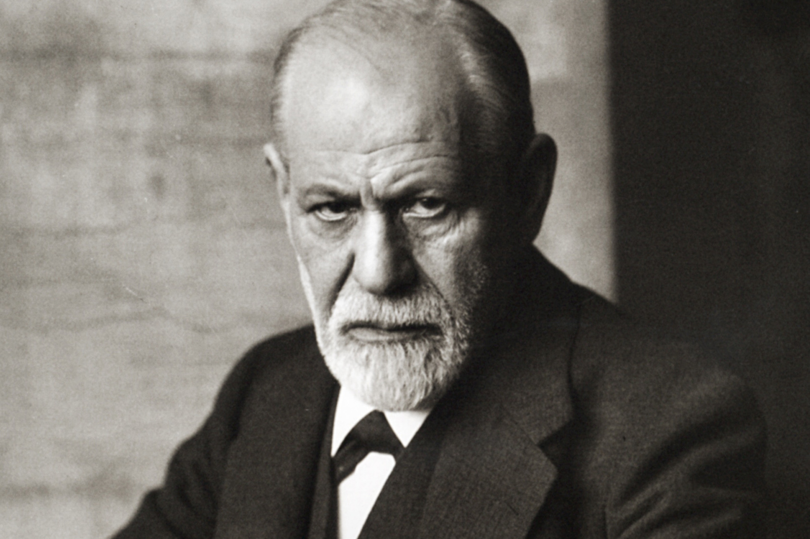 sigmund freud sick jewish liar national vanguard sigmund freud 1926