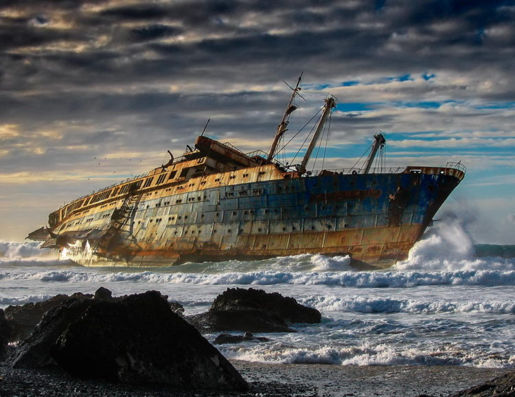 ss_america_beached_off_the_canary_islands