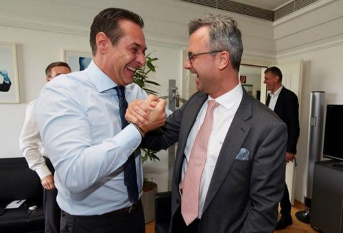 FPÖ leader HC Strache (left) congratulates Norbert Hofer.