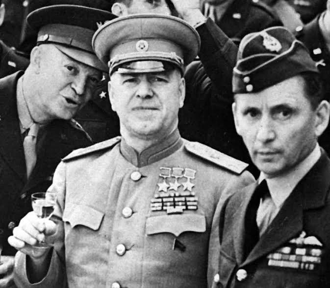 Soviet-Marshall-Zhukov-with-leering-General-Eisenhower.jpg