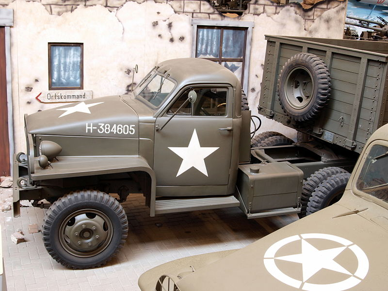 studebaker-red-army-truck-2-3